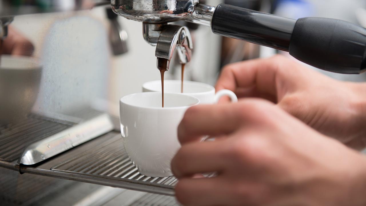 Выгодно ли ставить кофейные автоматы